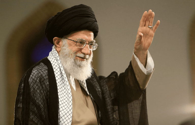 A war with Iran will sink Canada into a recession