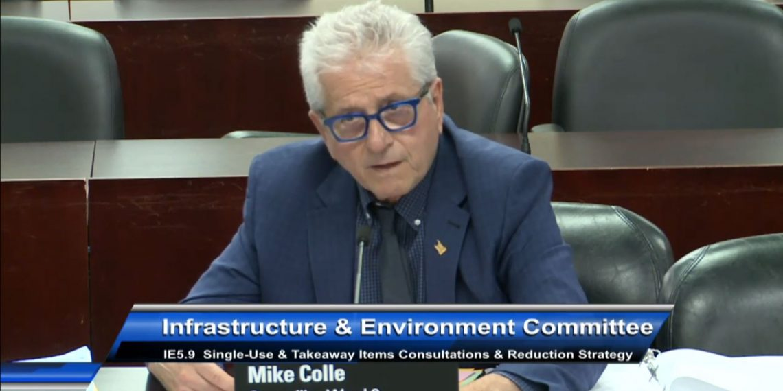 """This Toronto City Councillor thinks there's an """"epidemic"""" of millennials walking while drinking coffee"""