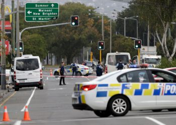 New Zealand mass shooter pays tribute to Alexandre Bissonnette on his rifle before shooting up mosque