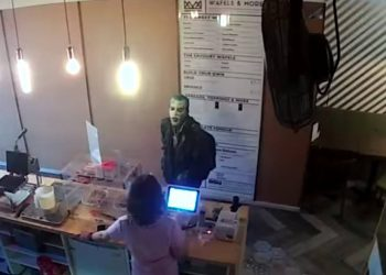 Idiot dressed as the Joker steals tips from Toronto restaurant