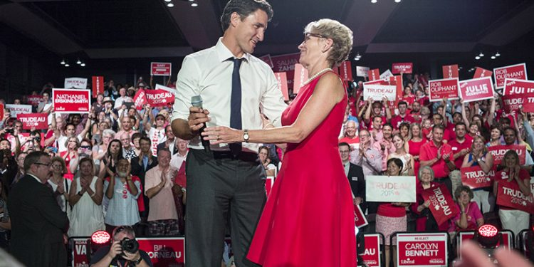 Justin Trudeau is less popular than Kathleen Wynne before leading Ontario Liberals to unofficial party status