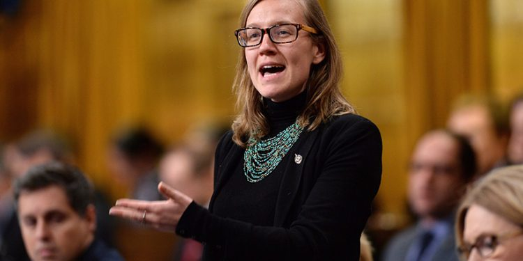 """Karina Gould tells Wilson-Raybould and Philpott to put their concerns """"on the record"""""""