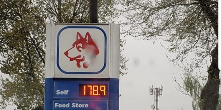New record: Vancouver area gas station puts gas at $1.79/L