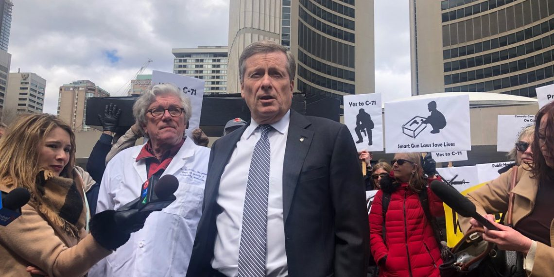 Doctors against guns? Toronto physicians to take part in rally for handgun ban