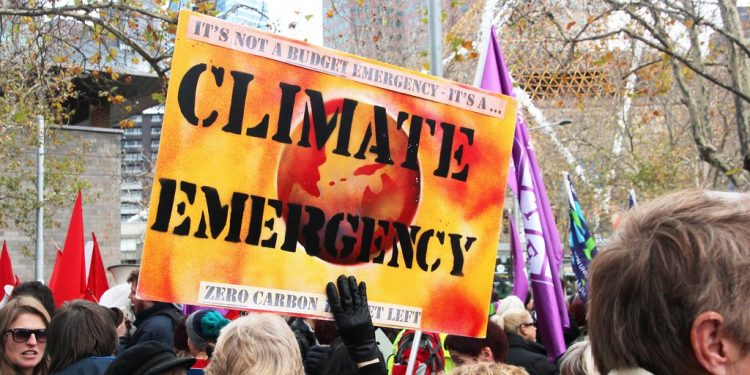 Parliament declares climate emergency
