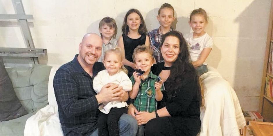 A loving father of six had died tragically in a car accident. His death was announced Sunday morning. He leaves…