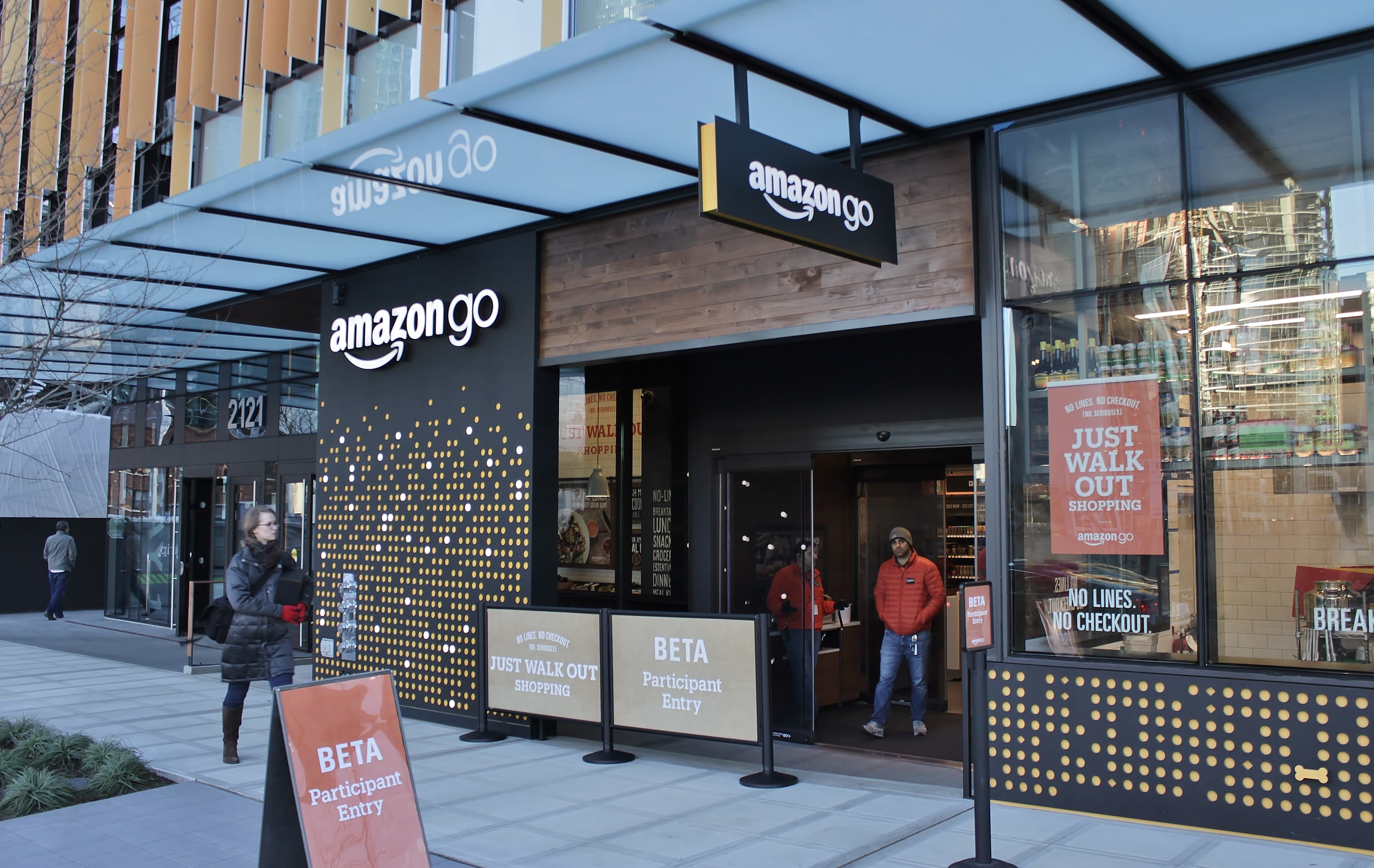 High-profile Amazon meeting targets Canadian unions