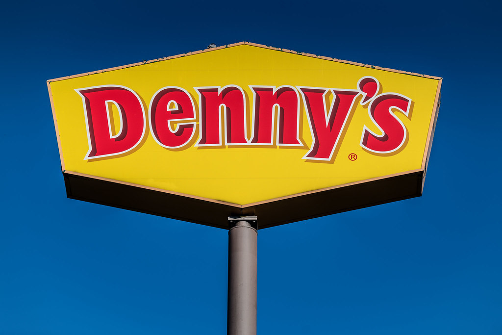 Indigenous couple asked to pay before eating reach settlement with B.C. Denny's