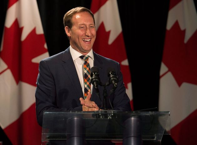 Conservative leadership candidate Peter MacKay receiving support from MPs