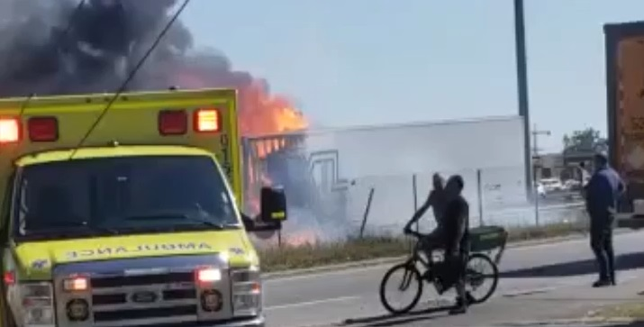 UPDATE: Four dead after fiery vehicle crash near Montreal