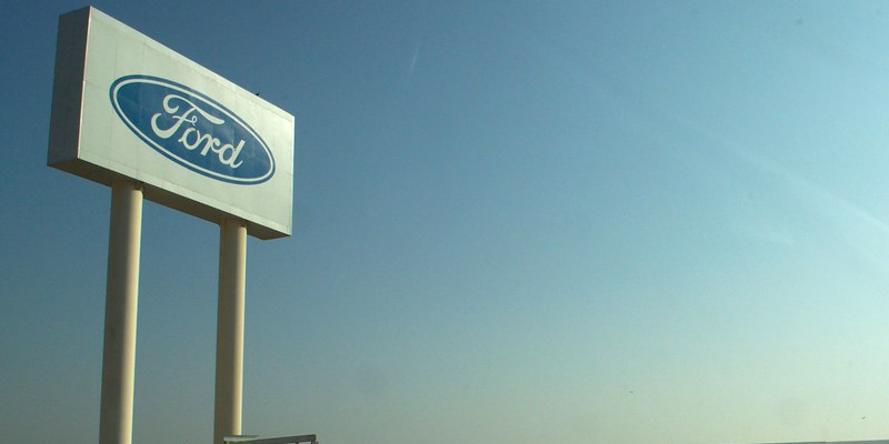 Ford Motor Company has announced that it will lay off roughly 450 employees at its Oakville, Ontario factory in early 2020.