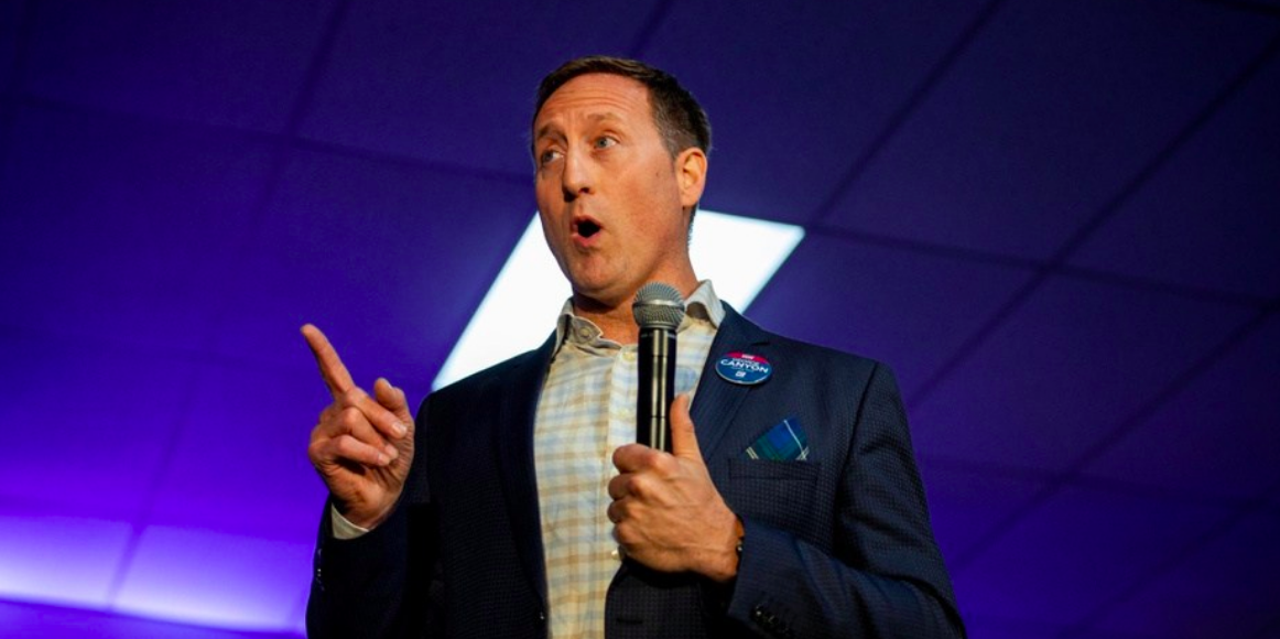 Conservative front runner Peter MacKay plans to march in Toronto Pride parade
