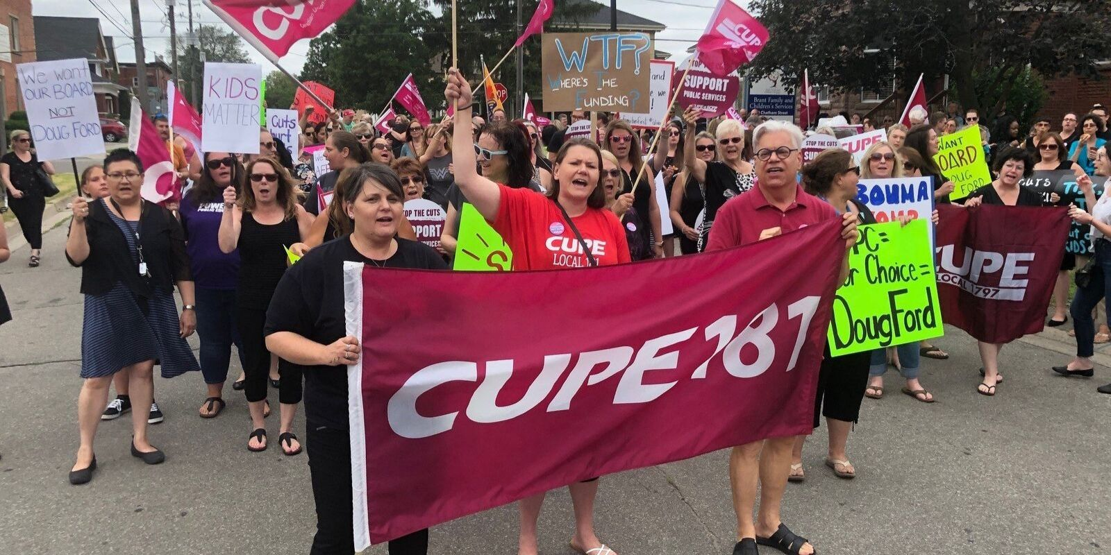 55,000 Ontario education workers to go on strike