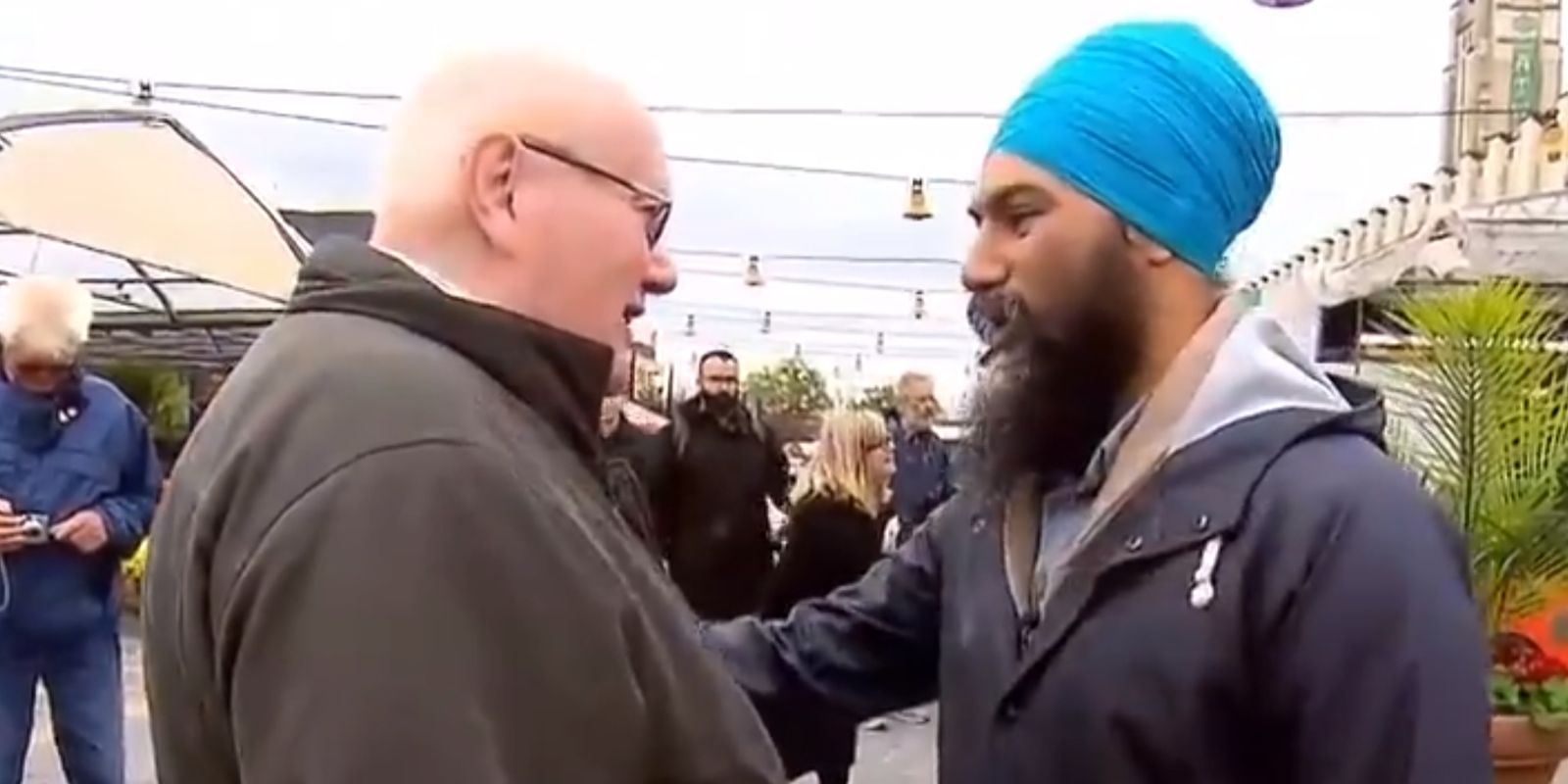 WATCH: Jagmeet Singh owns Montreal heckler who challenged him to remove his turban
