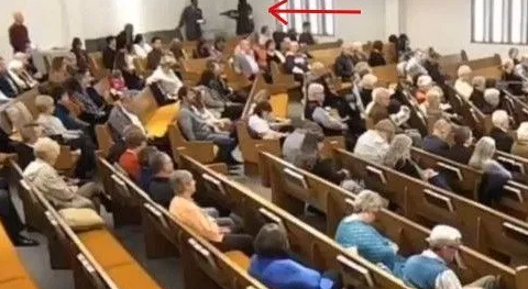 Multiple news outlets run false story about Texas church shooting