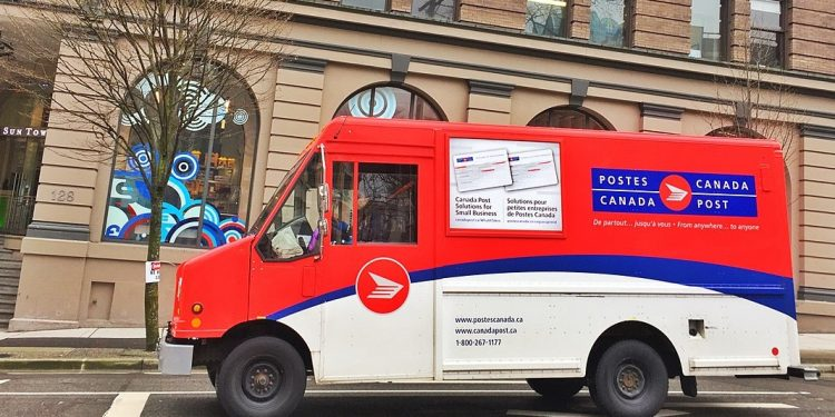 Canada Post paid $21 million in legal fees to fight union
