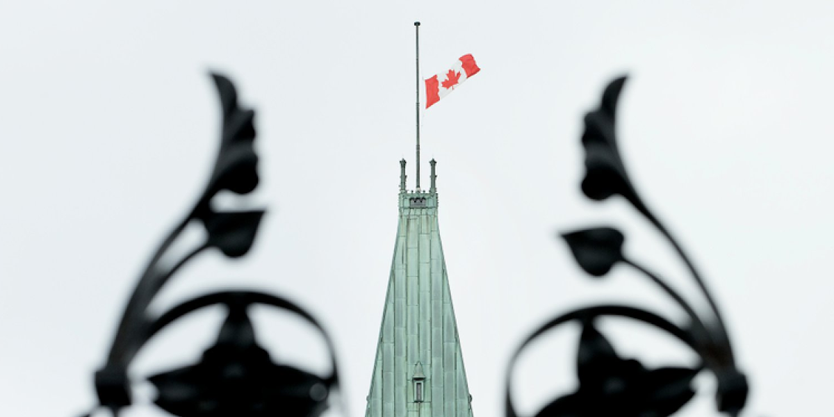 Flags lowered to half mast across Canada to honour plane crash victims
