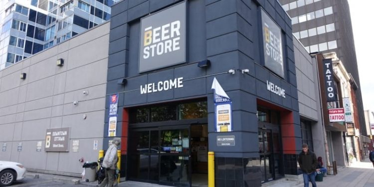 Doug Ford's beer plan looks unlikely thanks to Kathleen Wynne
