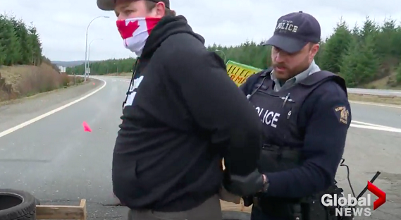 Vancouver Island man arrested for tearing down anti-pipeline blockade