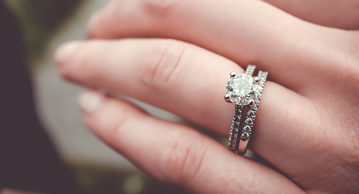 Cheating B.C. husband sues lover over cost of ring at request of scorned wife