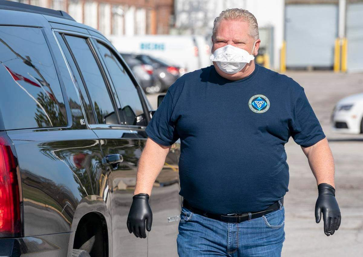Doug Ford visits auto part manufacturer, delivers 1000 new respirator masks