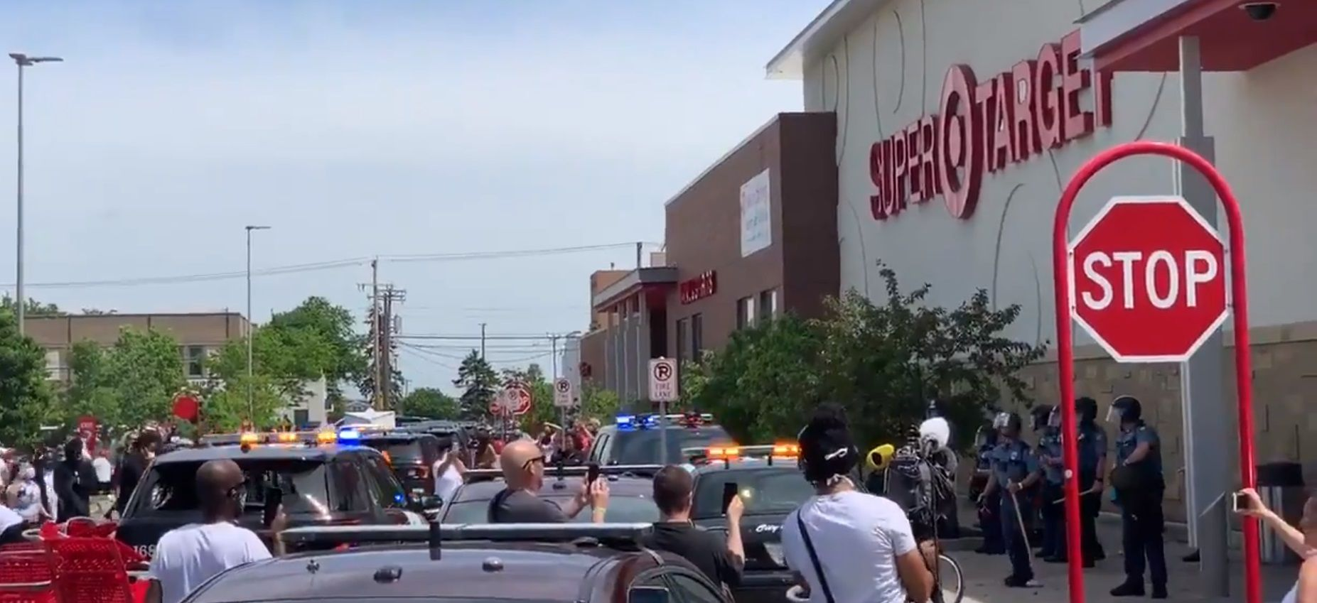 Overflow of Minneapolis riots has moved into St. Paul