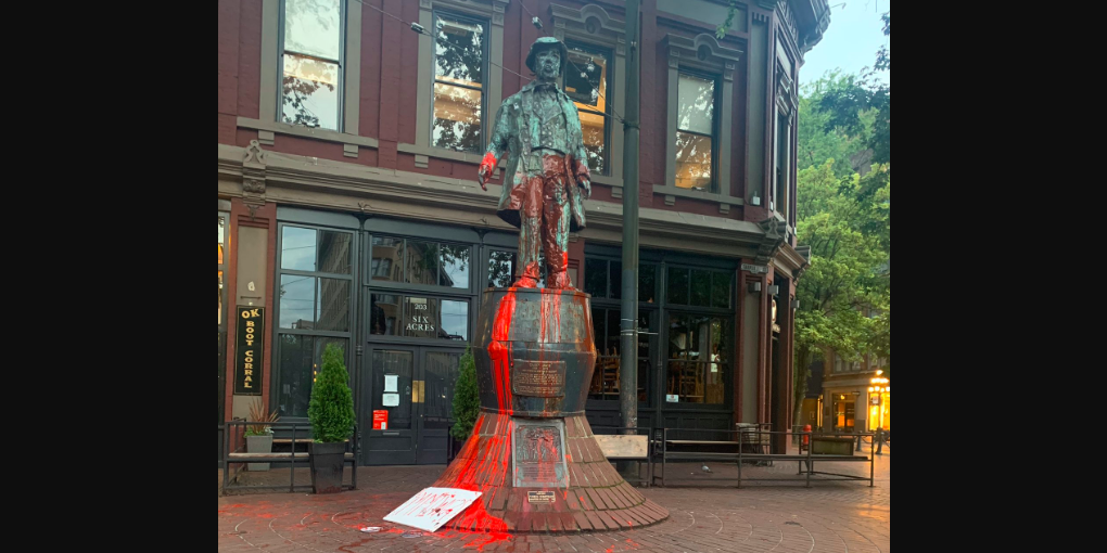 Vancouver's Gassy Jack statue vandalized, petition asks for its removal