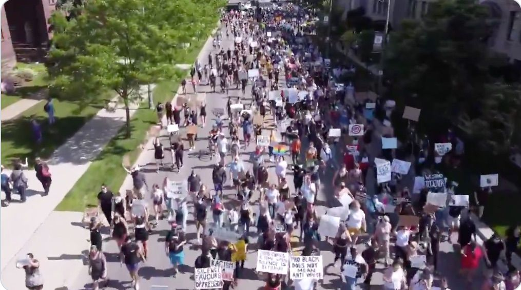 Protests permitted in Ontario despite pandemic protocols—everyone else told stay indoors