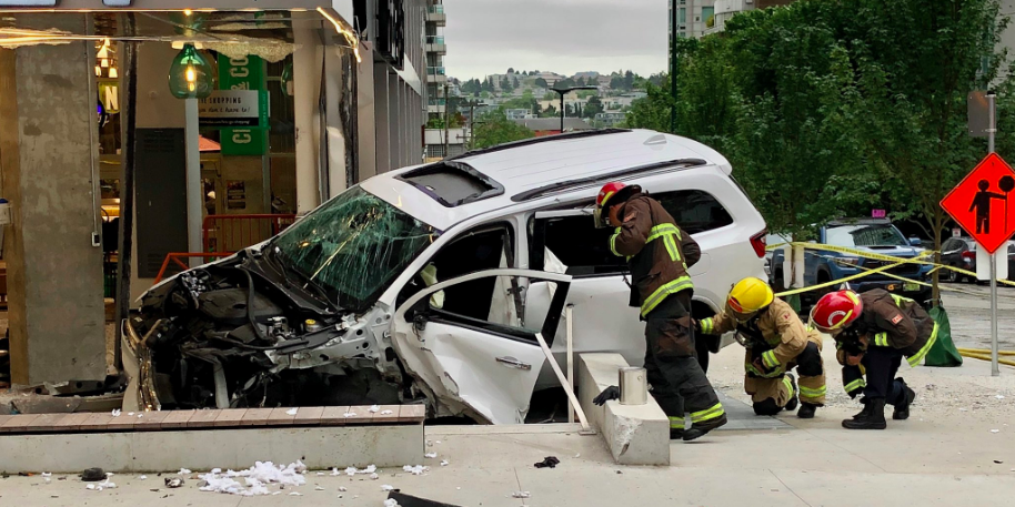 Vehicle with Alberta license plates crashes into Vancouver supermarket on Canada day