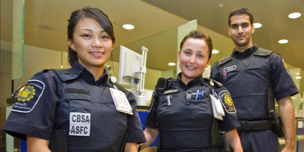 Canada Border Services lost track of 2,800 criminals that should have been deported