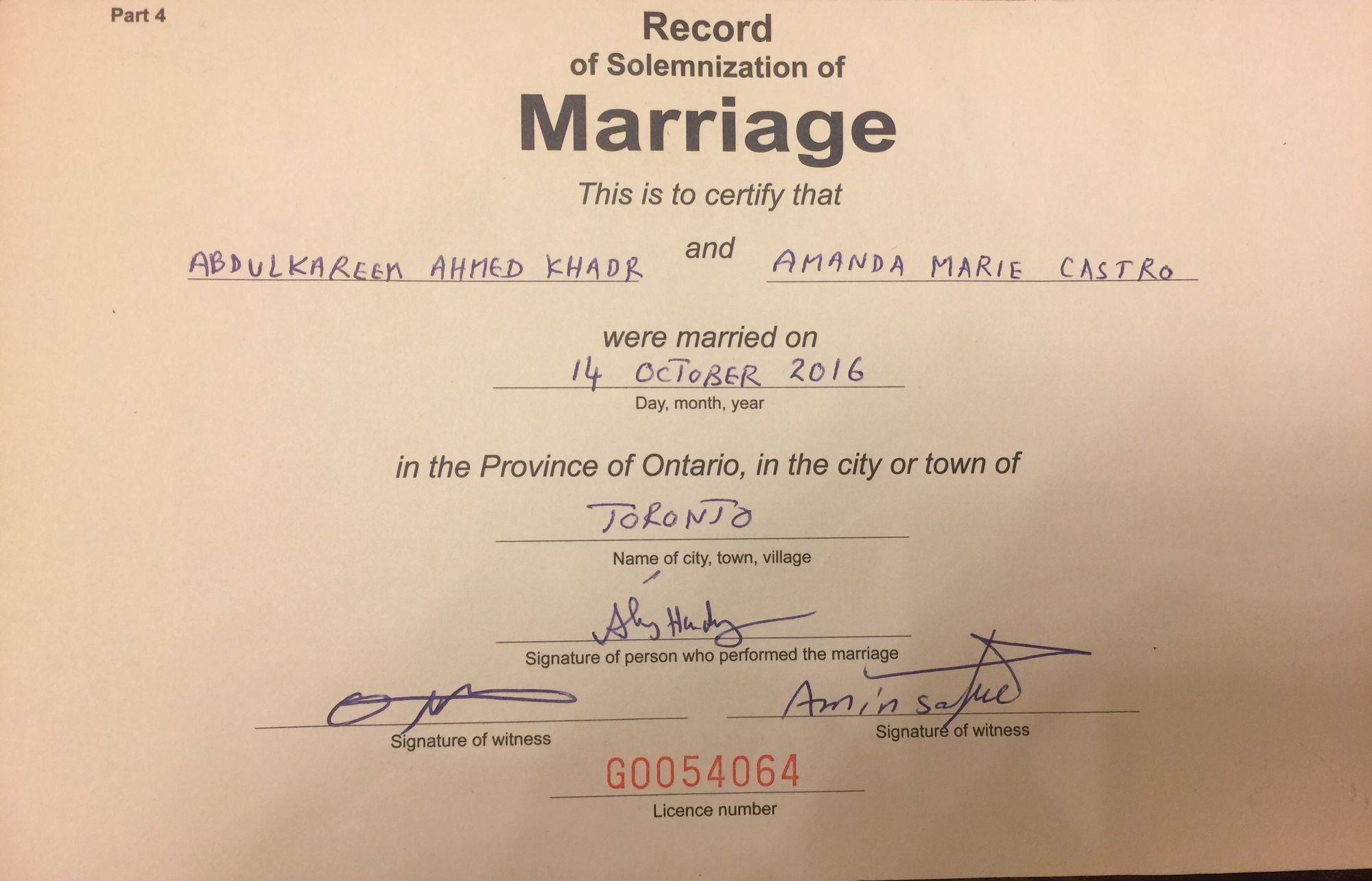 Toronto Imam is issuing religious marriage certificates for polygamous relationships