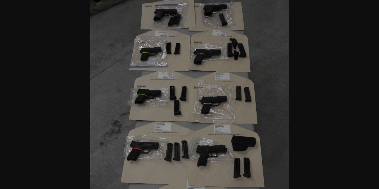 Four Ontario men charged for smuggling guns across Canada-US border