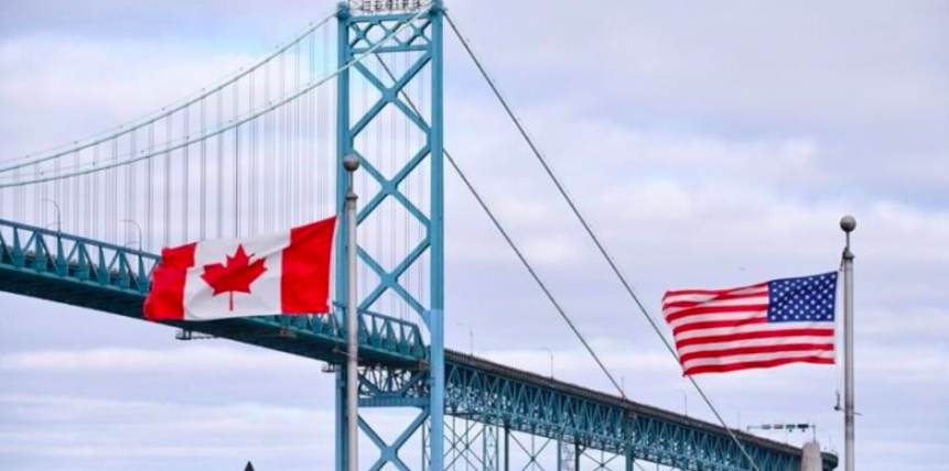 US erects cable barrier at Canadian border crossings