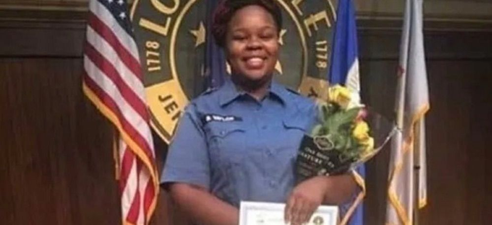 Louisville Chief of Police declares state of emergency in advance of announcement on Breonna Taylor case