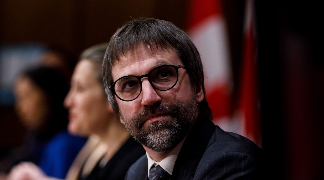 Trudeau Liberals pushing to regulate streaming services like Spotify and Netflix