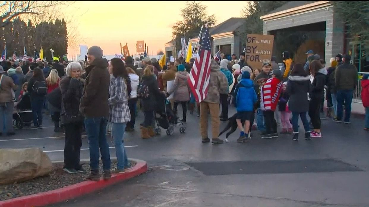 Hundreds of protestors prevent vote on new COVID restrictions from moving forward in Boise, Idaho