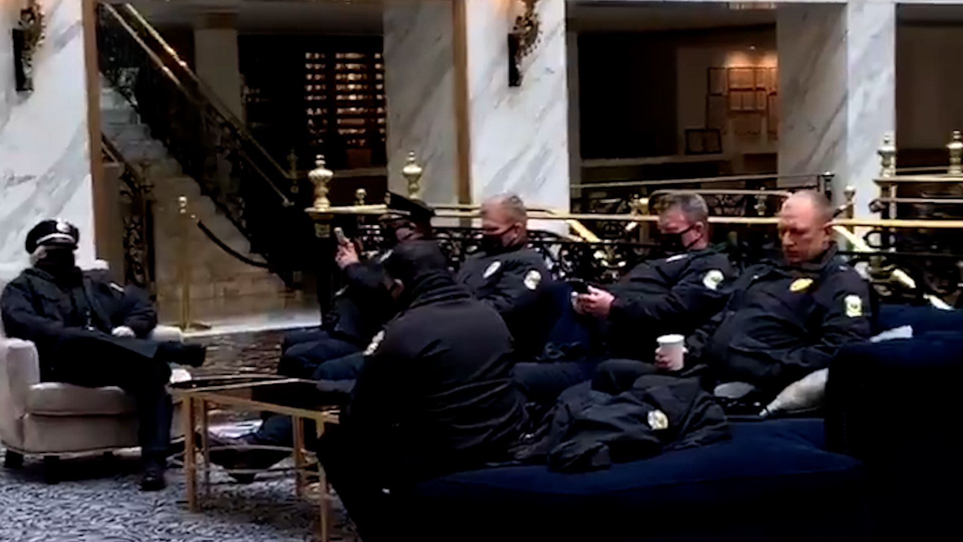 WATCH: Trump allows police to rest at Trump Hotel while Democrats force National Guard to sleep in parking garages