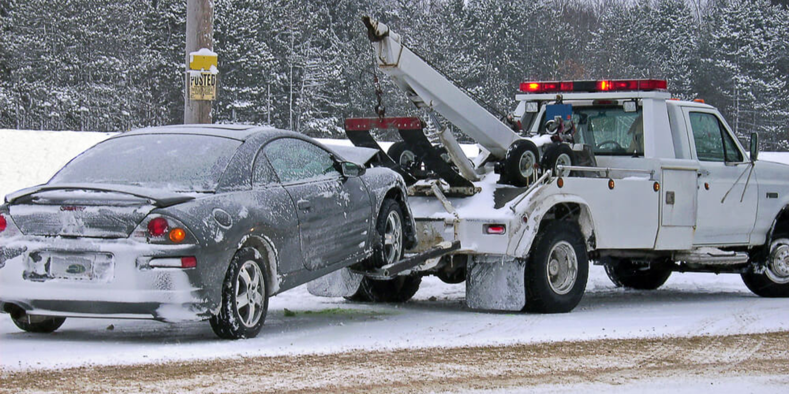 Toronto tow truck drivers shot at on Hwy 401 in two separate incidents