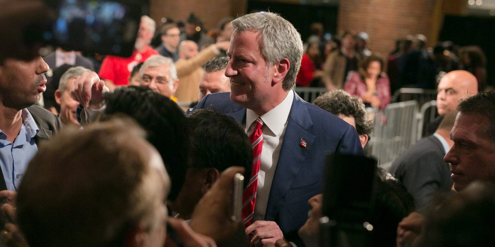 WATCH: De Blasio has no plan for opening NYC restaurants, passes the buck to Cuomo
