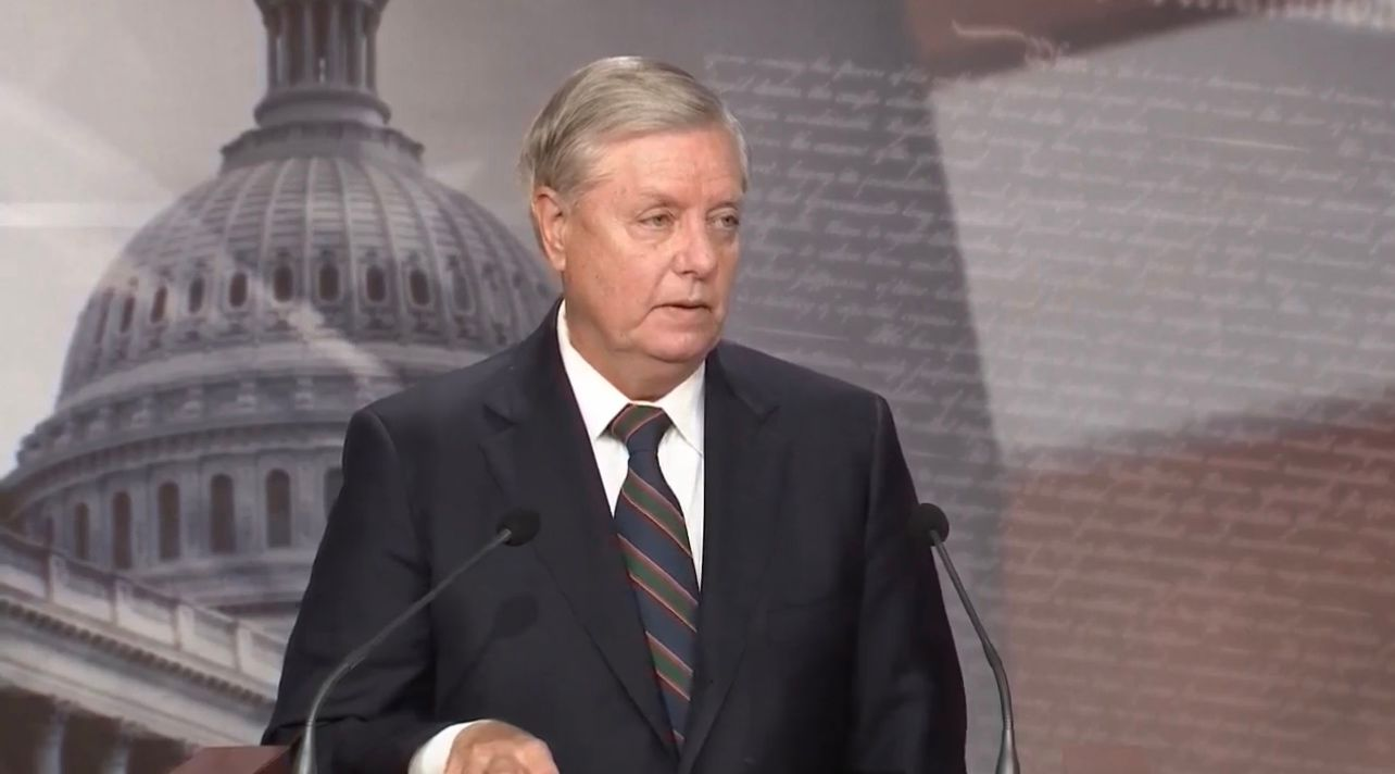 BREAKING: Sen. Graham says Trump's presidency 'was tarnished by yesterday' and called out the media for their coverage