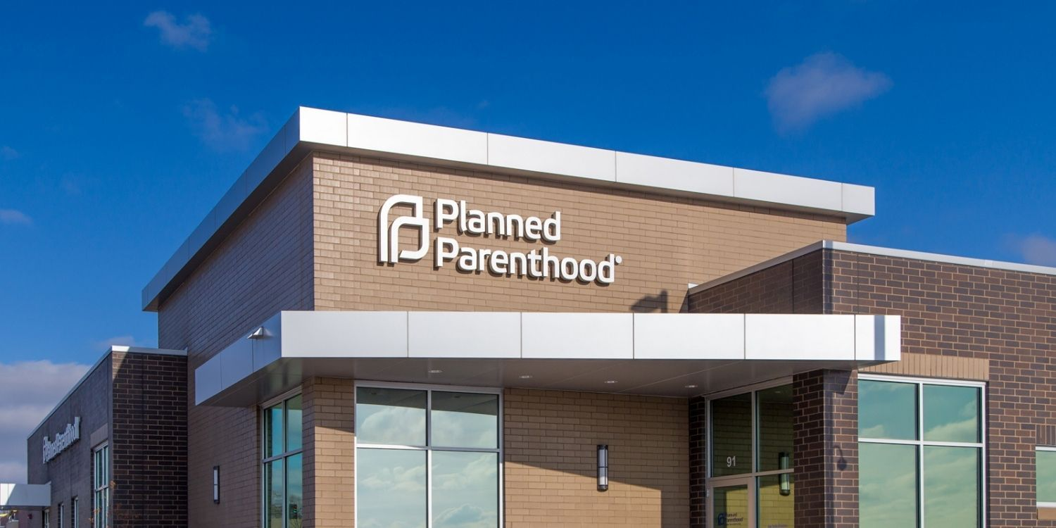 Texas fully defunds Planned Parenthood