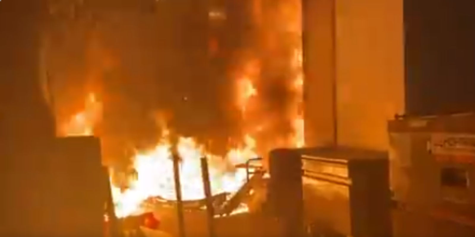 WATCH: Antifa torches Portland Apple store during BLM riot
