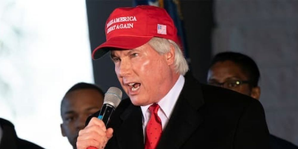Trump distances from Lin Wood, endorses opponent for South Carolina GOP chairman