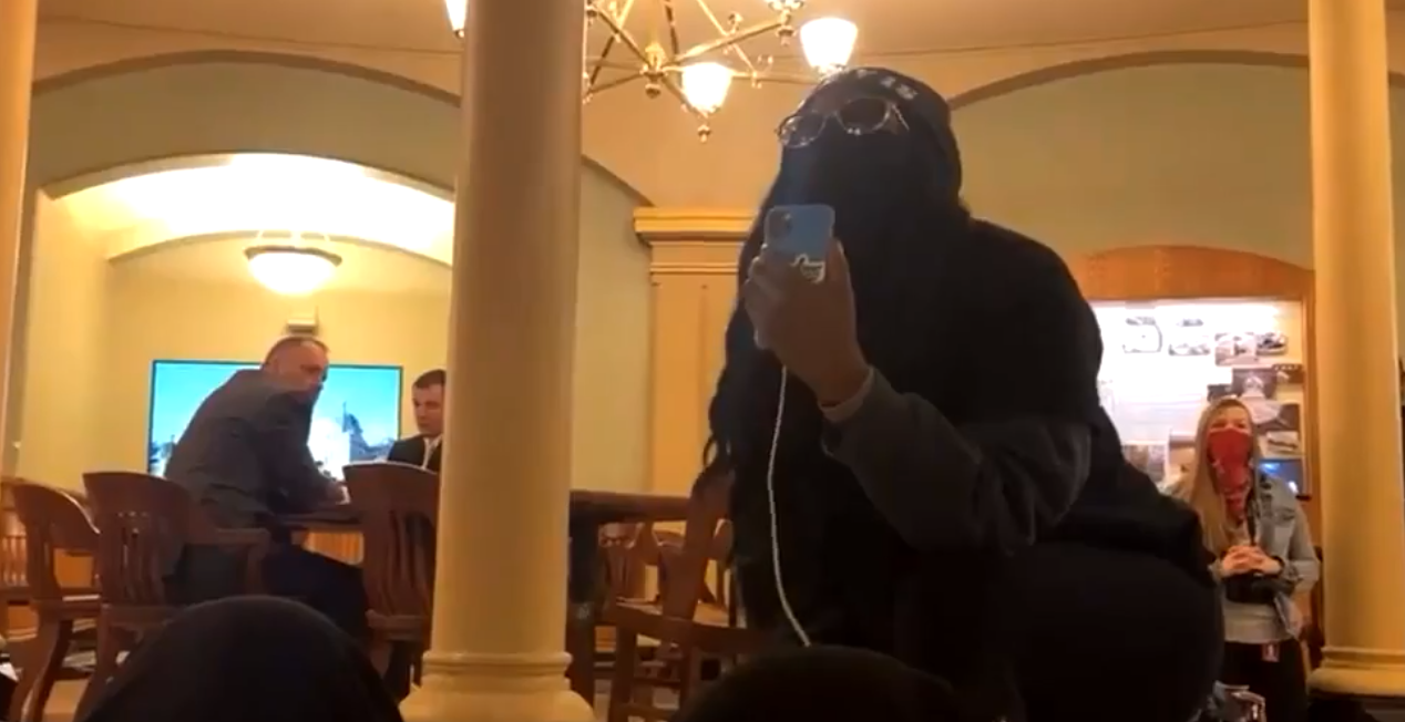 BREAKING: BLM activists storm Iowa State Capitol, one arrested