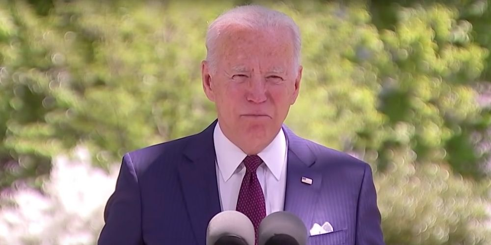 BREAKING: President Biden bans flights from India to US