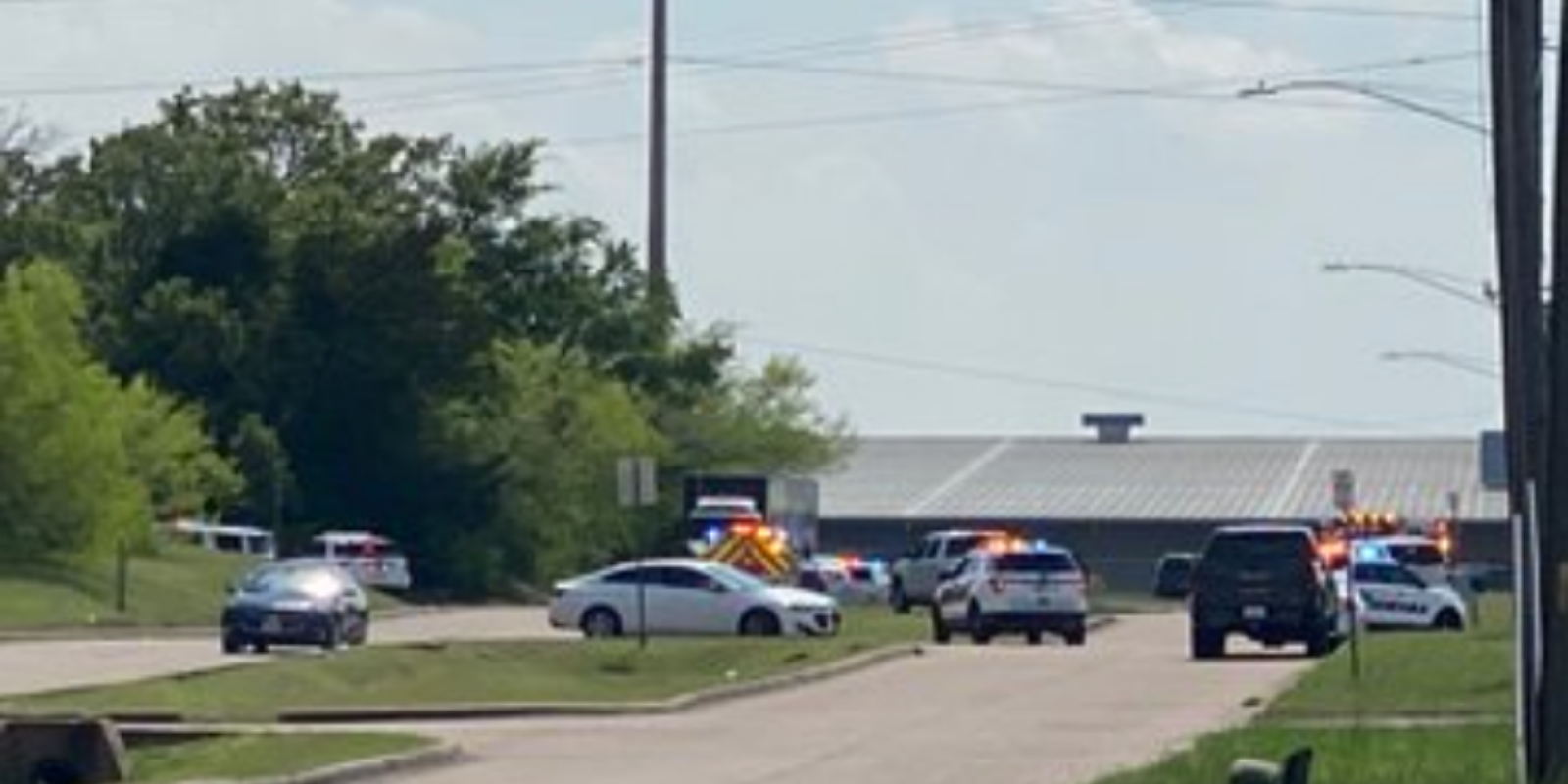 1 dead, 5 injured in wake of Texas cabinet plant shooting