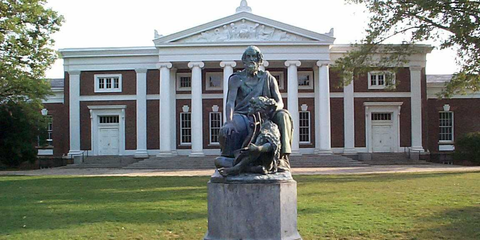 COVID vaccine to be mandatory for UVA students this fall
