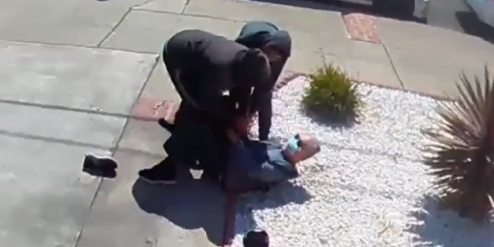 WATCH: 80-year-old Asian man attacked, robbed by teens