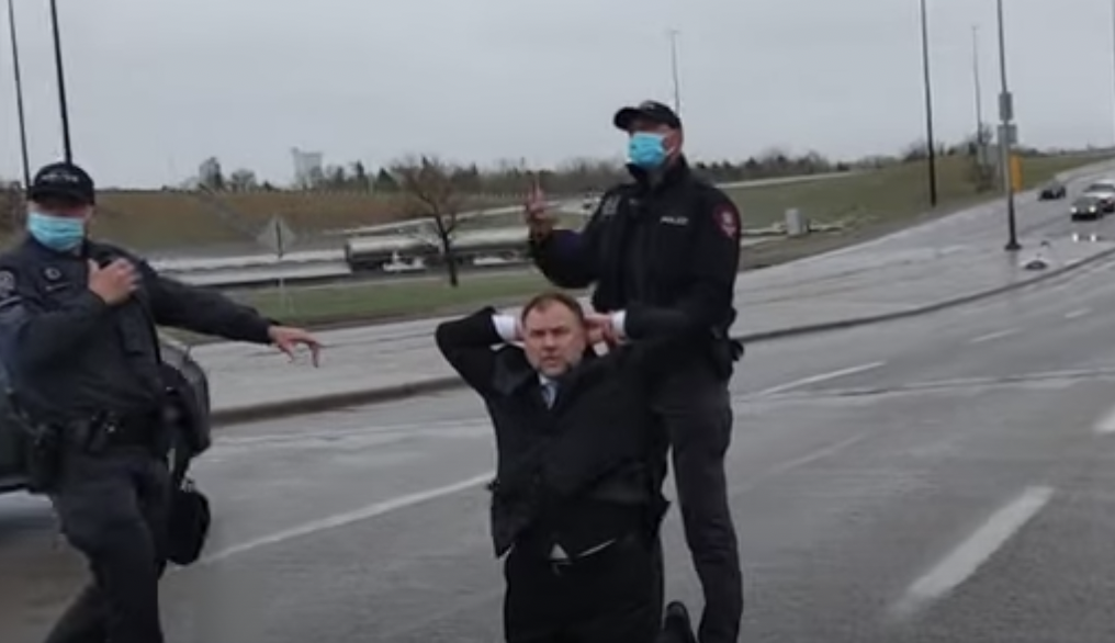 BREAKING: Calgary church leaders Artur and Dawid Pawlowski arrested and charged for violating public health orders