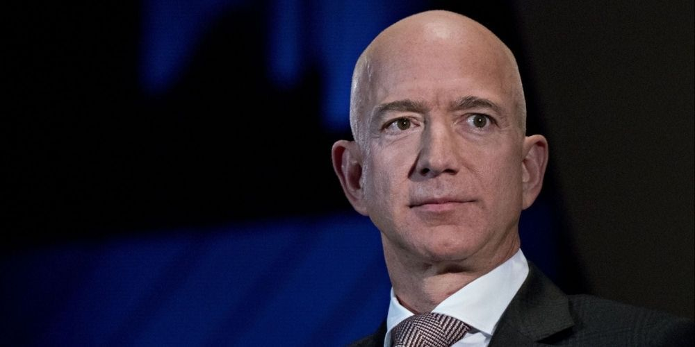 Over 100,000 sign petition to prevent Jeff Bezos from returning to earth after space trip